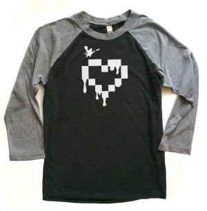 Pixel Heart Raglan T-shirt 3/4 Sleeve