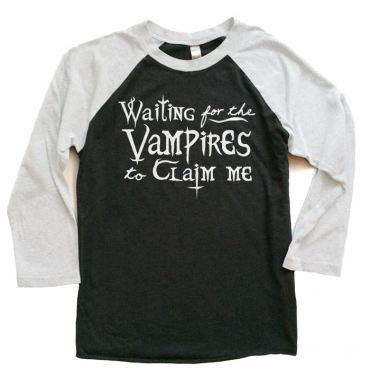 Waiting for the Vampires Raglan T-shirt 3/4 Sleeve