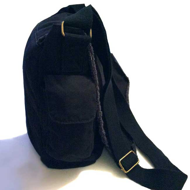Messenger bag side